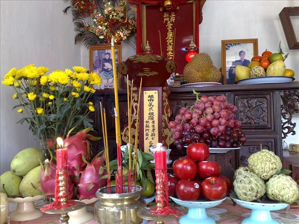 vietnamese-altar2